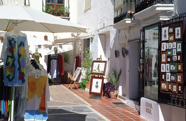 4985118900c4c shopping Marbella