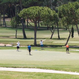 JUGAR LA GOLF EN MARBELLA EN VERANO_PLAY GOLF IN SUMMER IN MARBELLA